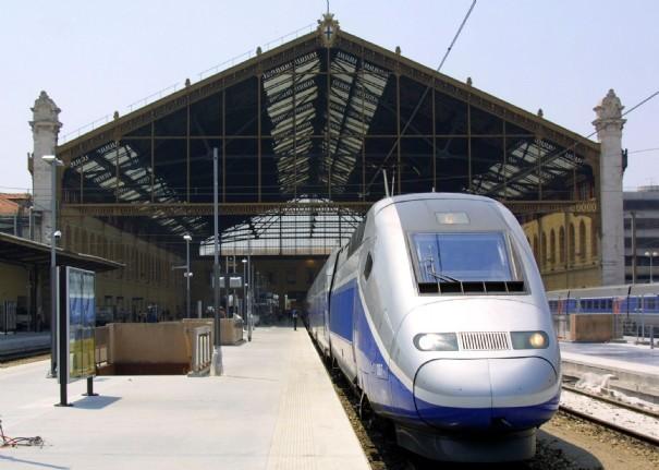 Gare En Mouvement Marseille : taxi aix en provence tarif pour gare st charles marseille ~ Dailycaller-alerts.com Idées de Décoration
